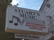 Stuarts_Sign